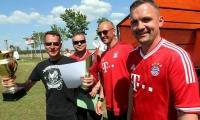 Tradition in Holzdorf - Mit Schwung in den Mai
